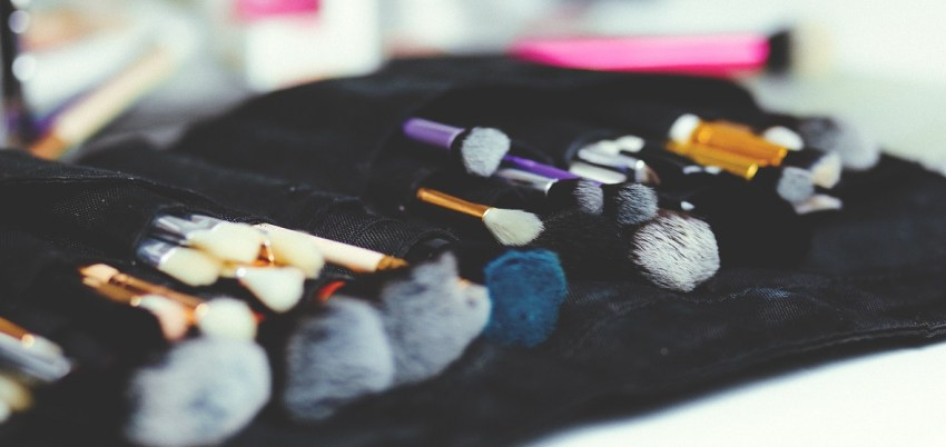How to Clean Makeup Brushes and Tools