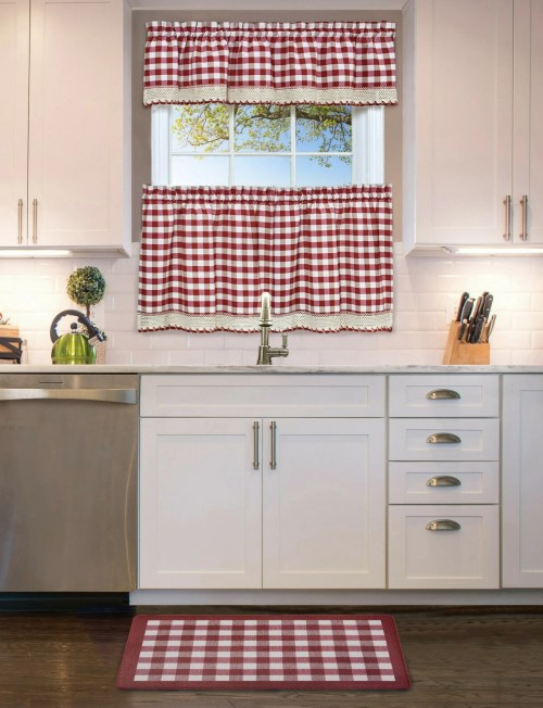 This Farmhouse Kitchen Anti Fatigue Mat Is More Than Just Charming Décor