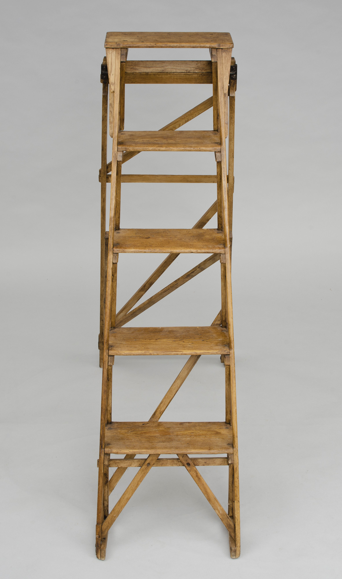 English Antique Pine Ladder  The Hatherley Lattistep