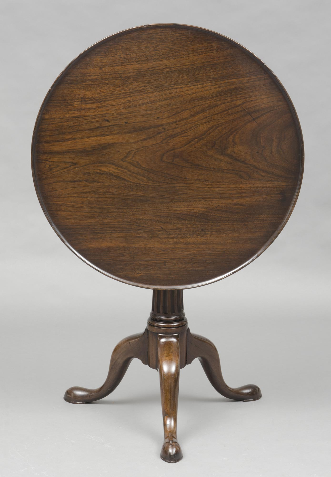 George II Walnut Tripod Tea Table  Circular Antique Tea Tables