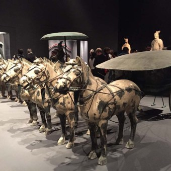 Horses with chariot, animals of ancient chinese art
