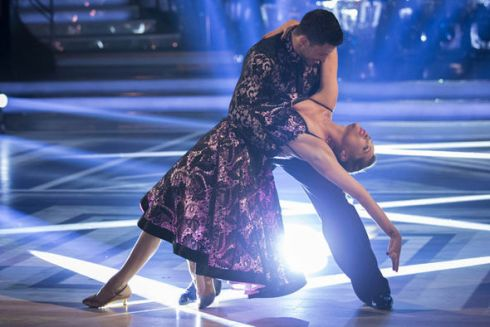 Laura-Whitmore-Giovanni-Pernice-Strictly-Come-Dancing-698400