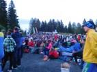 Gespannte Zuschauer bei der Startstrecke der Jukola ....