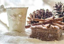 tazza di tè natalizia