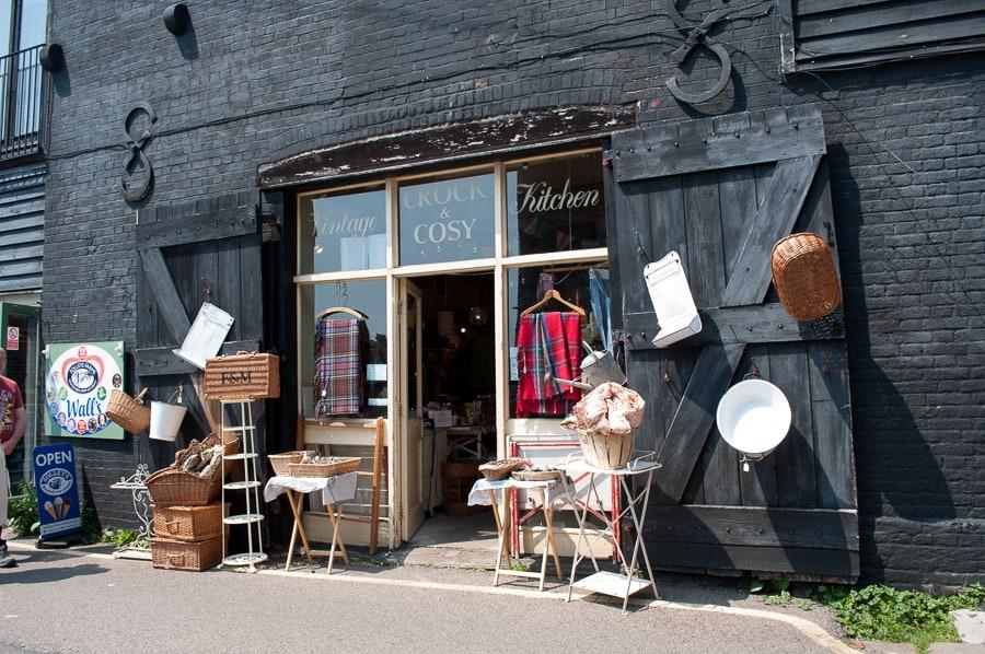Retro kitchen shop in Rye