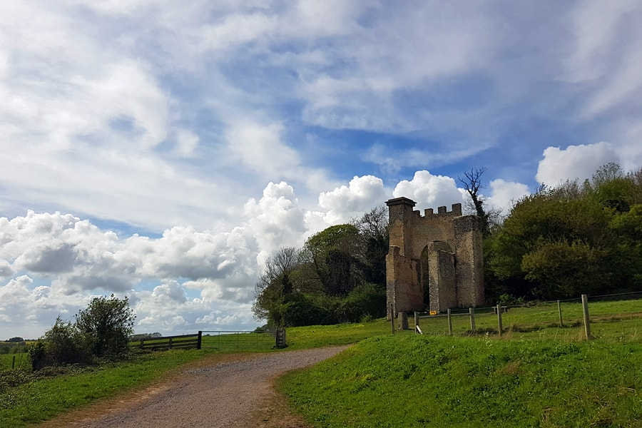 Nore Hill Folly, Slindon, West Sussex