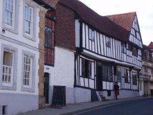 SUSSEX INNS AND THEIR ARCHITECTURE Dr Janet Pennington