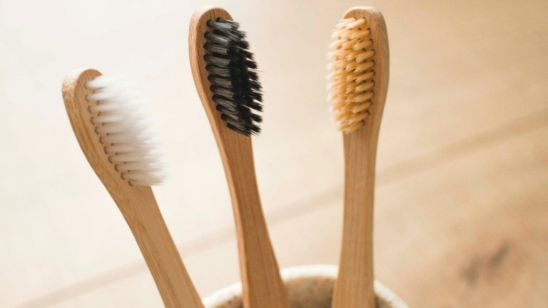 How to Properly Dispose of Bamboo Toothbrushes