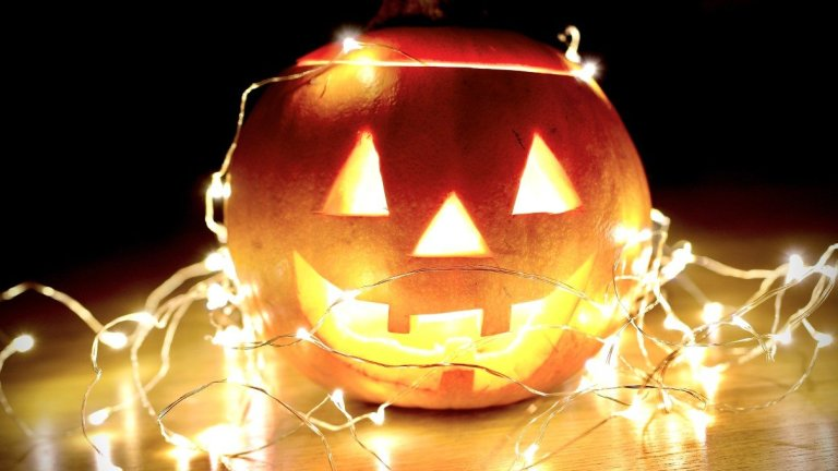 Sustainable Halloween Decoration Ideas You Can Make Yourself