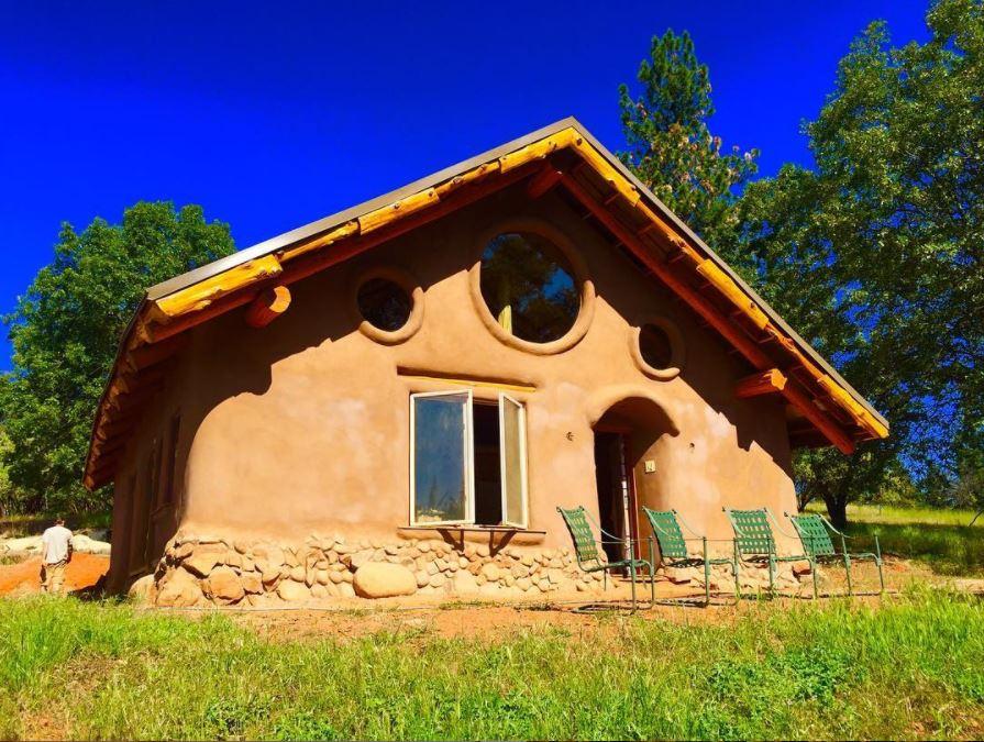 Balecob House