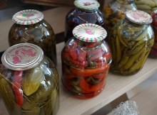 How to preserve enough food to eat for a year