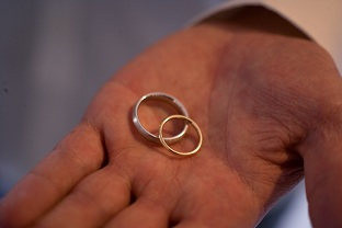 sustainable wedding rings