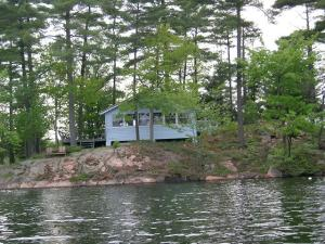 Cottage-lake