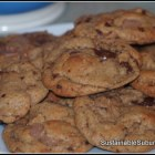 A plate of the scrumptious cookies