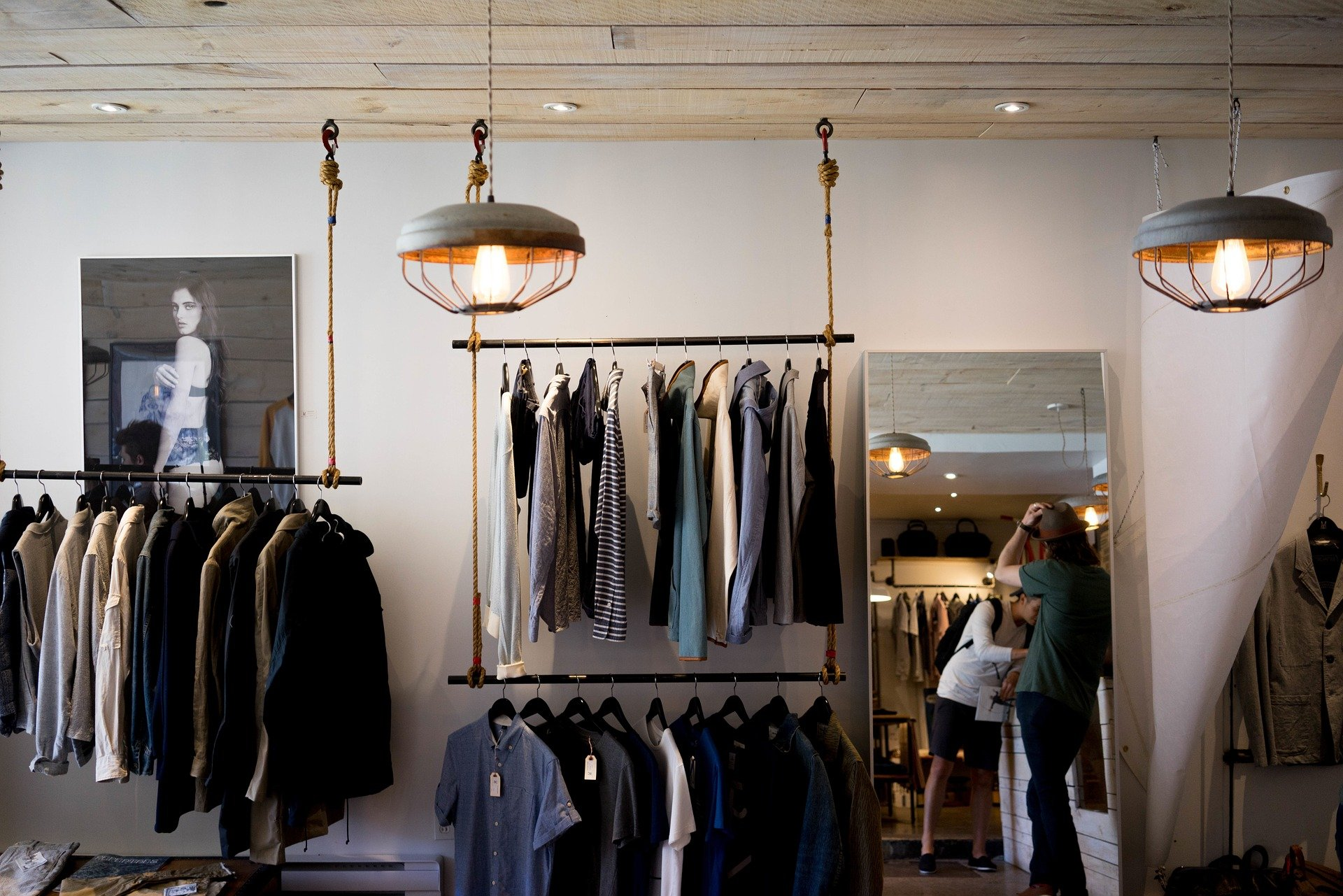 Fast Fashion - Clothing Store