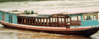 ล่องเรือลำน้ำโขง ถ่ายภาพเมืองหลวงพะบาง