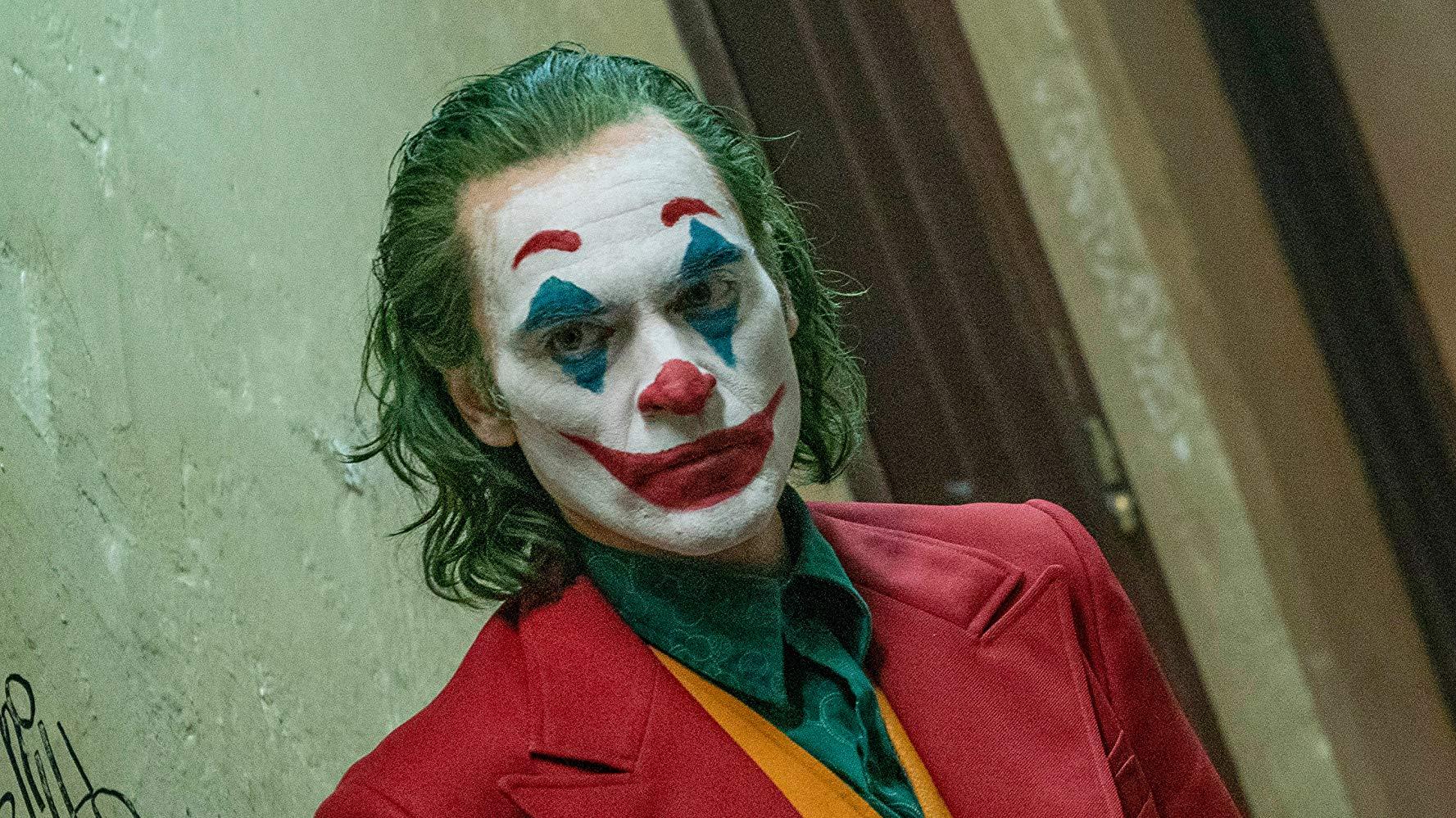 Joker Movie Review Disturbingly Good Suu News