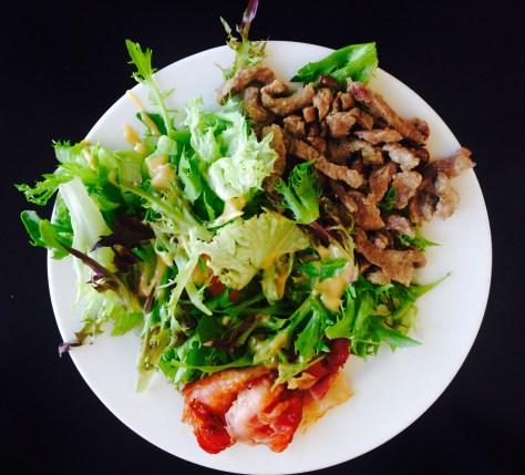 Vesan salaatti