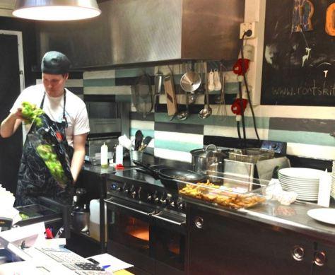 Rootsin kokki-Lassella on kunnon raaka-aineet