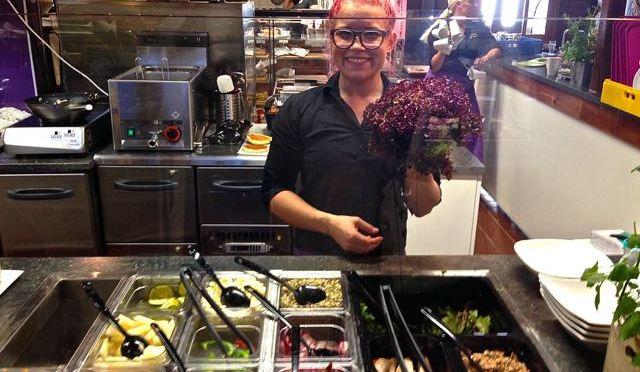 MBakery salaatti