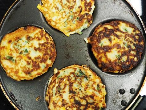 Ruskistuvat Okonomiyakit