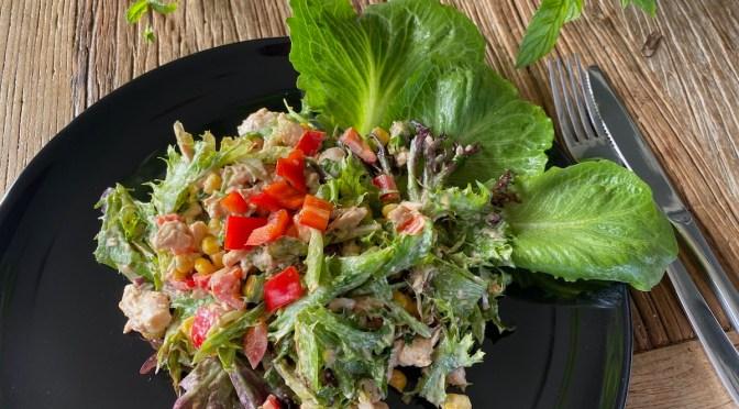 Helppo meksikolainen salaatti maistuu takuuvarmasti