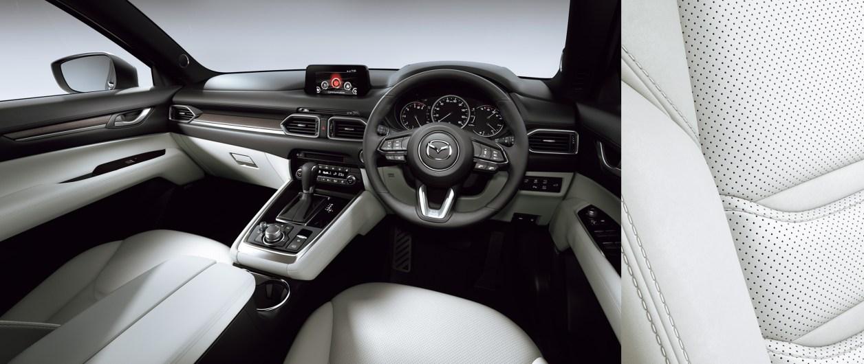 CX-8内装色ピュアホワイト画像
