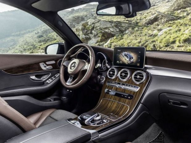 2018 Mercedes-Benz GLC F-Cell interior