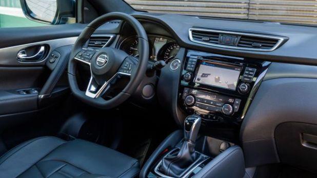 2018 Nissan Qashqai interior view