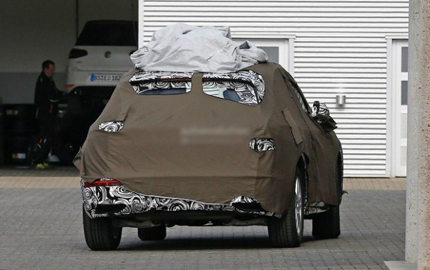 2019 Audi Q3 rear view