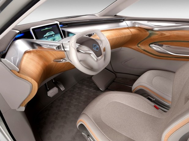 Nissan Leaf Based Electric Crossover Concept interior