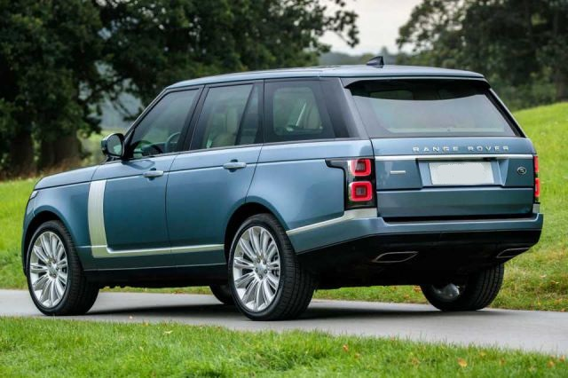 2018 Range Rover Vogue rear - 2019 and 2020 New SUV Models