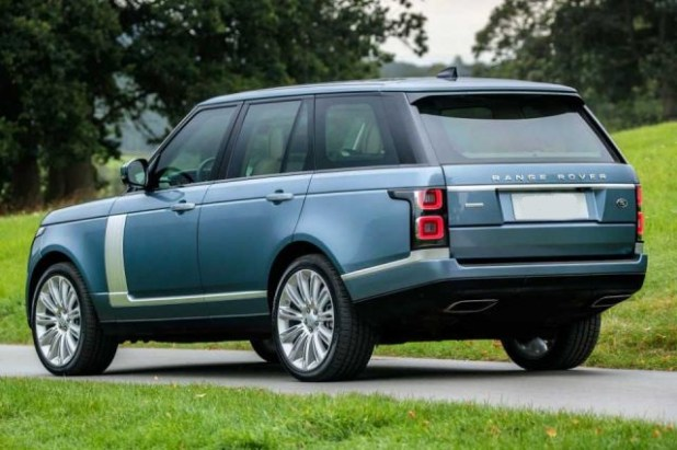 2018 Range Rover Vogue rear