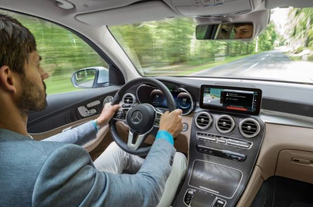 2019 Mercedes-Benz GLC interior
