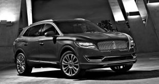 2018 Lincoln MKX Black Label front