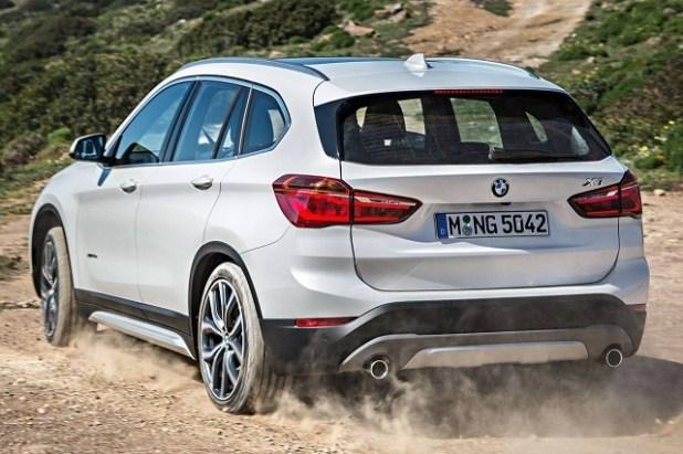 2019 BMW X1 rear view
