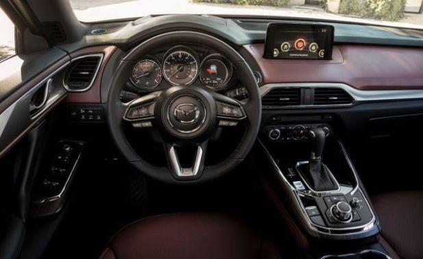 2018 Mazda CX-7 interior