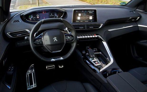 2018 Peugeot 3008 interior