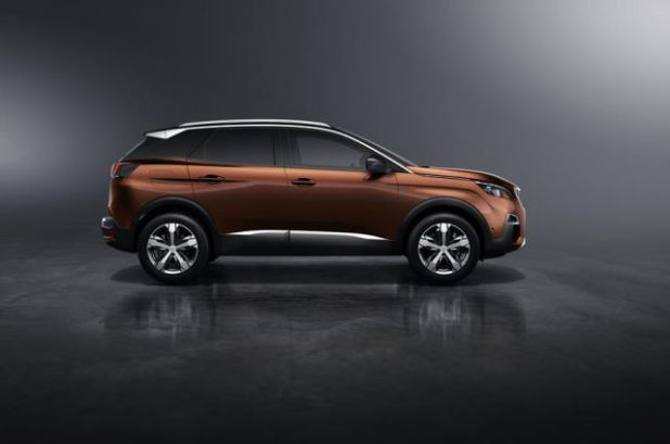 2018 Peugeot 3008 side