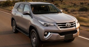 2018 Toyota Fortuner front