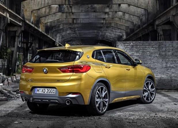 2019 BMW X2 rear view