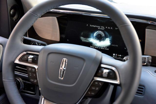 2019 Lincoln Navigator interior - 2019 and 2020 New SUV Models