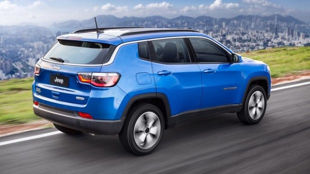 2019 Jeep Compass rear view