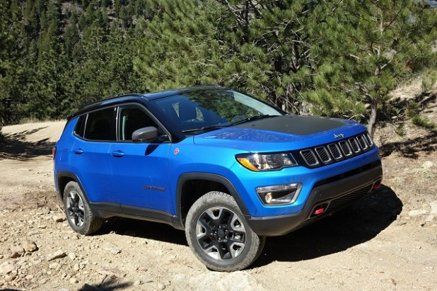 2019 Jeep Compass side view