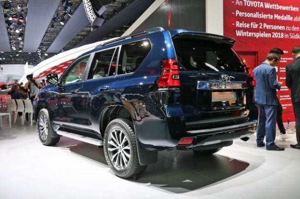 2019 Toyota Land Cruiser Prado rear