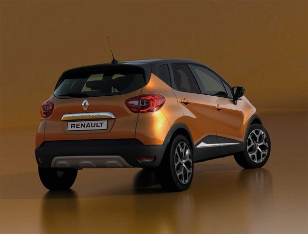 2019 Renault Captur rear view