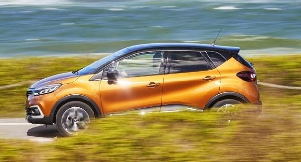 2019 Renault Captur side view