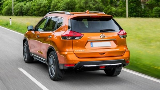 2019 Nissan X-Trail rear
