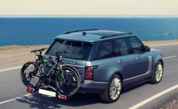 2019 Range Rover Vogue rear