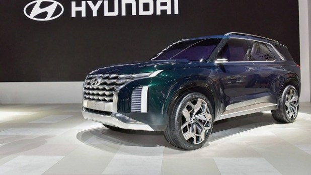 2020 Hyundai Grandmaster side view